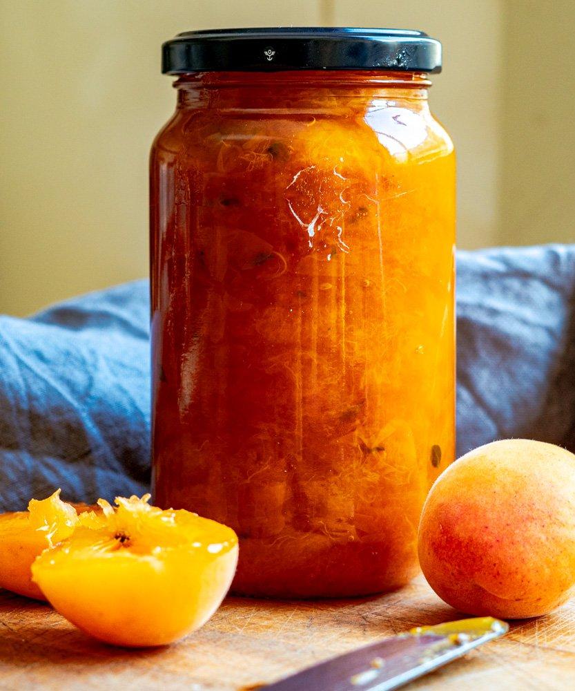 Apricot and lemon thyme jam